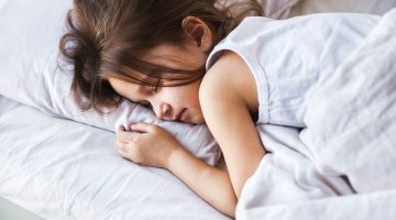 Unified Food Fight Sleep Deprivation Which Can Lead To Overeating And Weight Gain